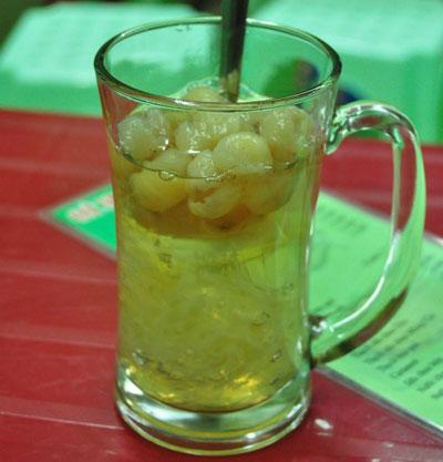Chè Thạch long nhãn mát ngọt cho ngày hè
