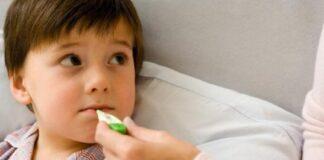 Những biến chứng nguy hiểm của bệnh chân tay miệng ở trẻ nhỏ