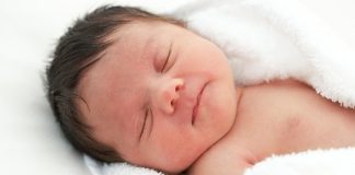 Vì sao trẻ sơ sinh bị viêm phổi
