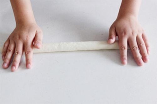 Cách làm bánh mì baguette thơm mềm chuẩn vị Pháp 6