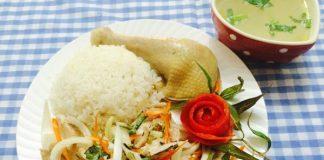 Đổi món bữa chiều với cơm gà Hội An