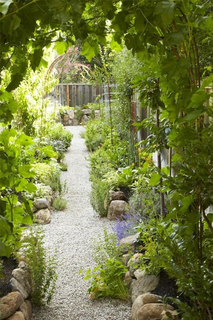 """Ngó """"trộm"""" những vườn rau độc đáo trên thế giới"""