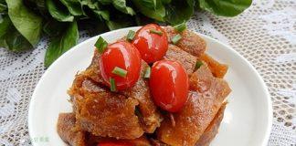 Lạ miệng với thịt lợn om cà chua bi