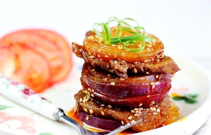 Hành tây kẹp thịt bò nướng – sự kết hợp hoàn hảo