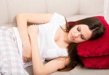 Vì sao phụ nữ dễ mất ngủ khi đến kỳ 'đèn đỏ'?