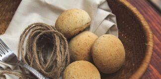 Bánh mì vừng ngon lạ