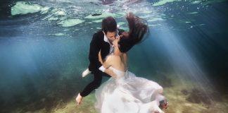"""""""Độc-đẹp"""" những bức hình cưới dưới biển sâu"""