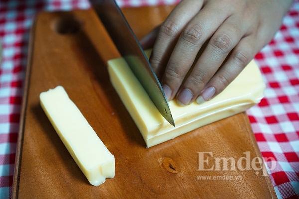 Cách làm phô mai que không khó