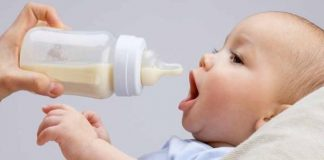Cách chọn bình sữa tốt nhất và an toàn cho bé