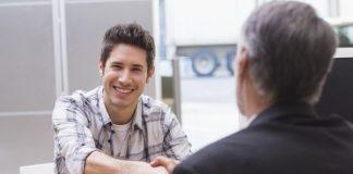 """8 lý do bạn không nằm trong danh sách """"được gọi đi làm"""" của nhà tuyển dụng"""