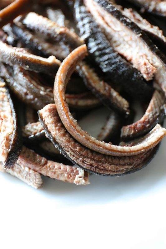 Ngày nóng vẫn tốn cơm vì lươn chiên ngon tuyệt
