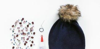 Làm điệu với mũ len đính đá vô cùng nổi bật
