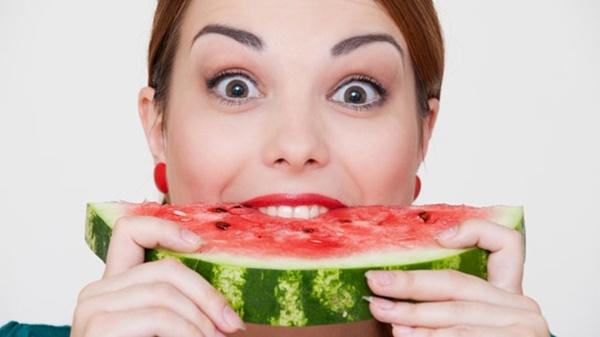 Hai thực đơn giảm cân và thanh lọc cơ thể với dưa hấu
