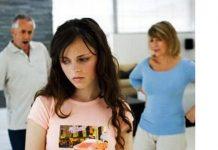 Xót xa khi mẹ chồng coi bố đẻ như người giúp việc