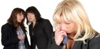 5 cách ứng phó khi bị đồng nghiệp chơi xấu
