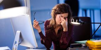 9 thói quen cần từ bỏ ngay nếu muốn có đôi mắt khỏe mạnh