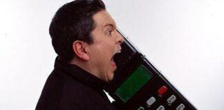 """Hãy là người """"có não"""" khi sử dụng điện thoại nơi công cộng!"""