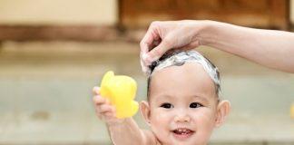 Những nguyên tắc vệ sinh khi chăm trẻ mẹ cần biết