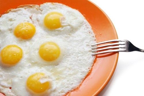 sai lầm khi ăn trứng gà
