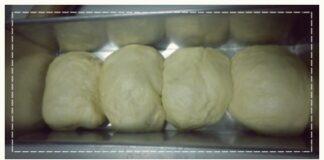 Trổ tài bữa sáng với bánh mì sữa Hokkaido thơm mềm hấp dẫn
