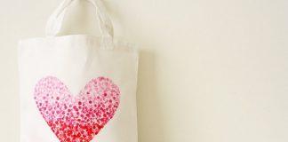 Diện túi xách trái tim lãng mạn cho ngày lễ Valentine