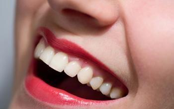 Làm sao để có hàm răng trắng sáng - 1