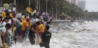 Các bước cần thiết để sống sót trong siêu bão