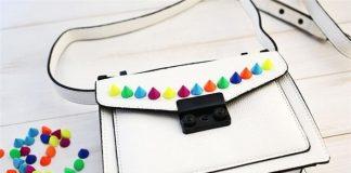Trang trí túi đính hạt rực rỡ diện chơi Tết