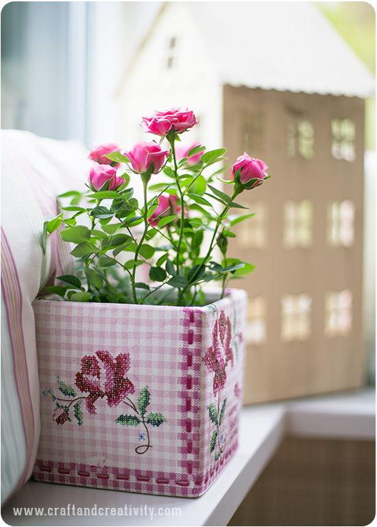 Trang trí lọ hoa bằng khăn giấy màu dễ thương - 9