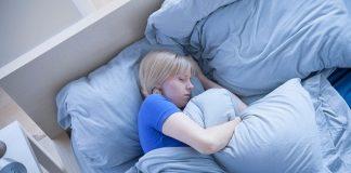 Lợi ích tuyệt vời khi sử dụng gối ôm lúc ngủ 1