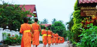Vẻ đẹp bình yên của cố đô Luang Prabang