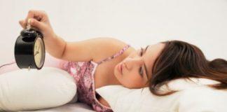 Bí quyết đối phó chứng mất ngủ cho chị em - 1