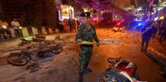 Ai đánh bom ở Bangkok đêm qua?