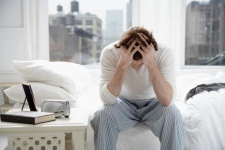 Tác hại của trĩ nội và triệu chứng đầu - 1