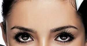 Làm sao để ngăn ngừa vết rạn chân chim ở mắt