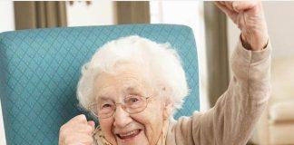 """Cụ bà 109 tuổi: """"Muốn sống lâu thì hãy tránh xa đàn ông"""""""