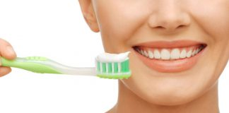 Công thức tự chế kem đánh răng