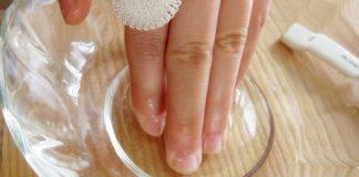 10 cách chăm sóc móng tay hư tổn