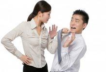 """Giả điên để chống lại """"đòi hỏi"""" của chồng cũ"""