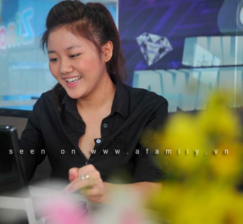 Hướng dẫn tự làm tóc phồng cực xinh như Sao Việt