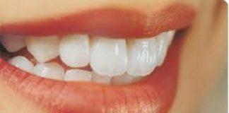 Cách làm trắng răng bằng dâu tây