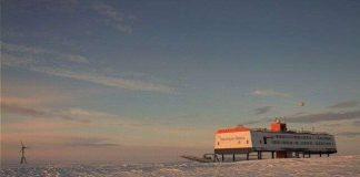 UFO bất ngờ xuất hiện ở Nam Cực?