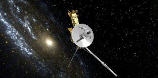 """NASA đánh thức động cơ """"ngủ yên"""" 40 năm trên tàu Voyager"""